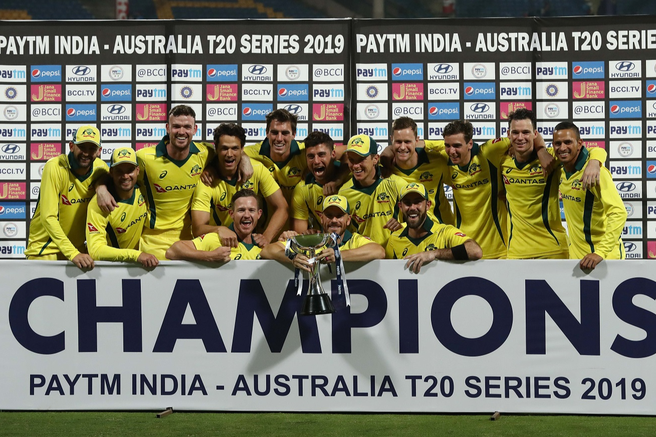 Maxwell brilliance steers Australia to a series win